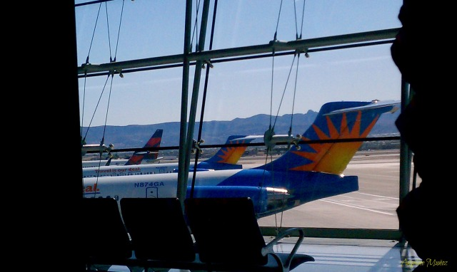 airplanetails