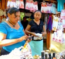 Ek Balam vendors